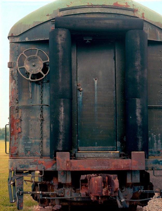 Rusty-Green-and-Red-Car-BGRRM-2013-1103-ETRS-Ektar100-03